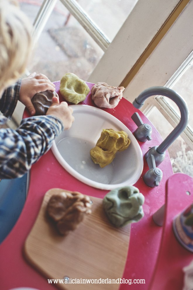 DIY All-Natural Play Dough - Alicia in Wonderland Blog